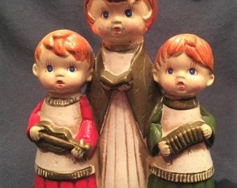 Christmas - Chalkware wind - up musical three carolers figurine