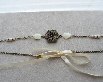 "Headband ""Nelly"" composed of leaf in Pearl, Crystal, Czech glass pearls"