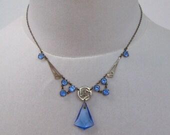 Elegant Art Deco blue glass drop pendant necklace