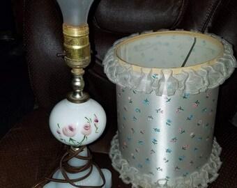 Vintage Milk Glass Light W/Shade
