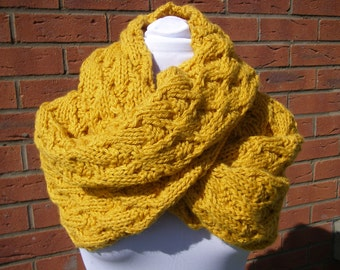 Chunky textured cowl scarf