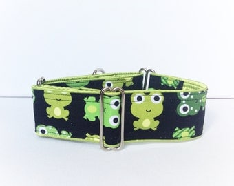 Cute frogs martingale collar (dog collar, greyhound martingale, cute green frogs zoo animals black coton satin)