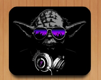 Dj Yoda Star wars mouse pad