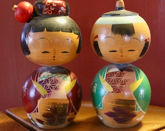 Vintage Pair of Japanese Kokeshi Dolls / Bobble Heads