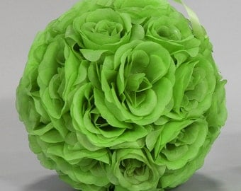 Silk kissing pomander flower ball APPLE GREEN
