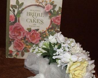 Beautiful Bridal Cakes The Wilton Way