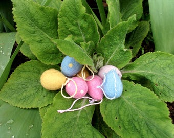 Easter tree decoration, needlefelt eggs, Easter eggs, Easter decoration, Easter ornaments.