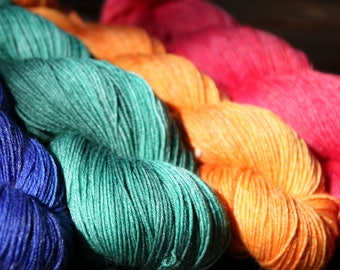 Hand dyed bamboo fingering yarn, Wool and bamboo blend superwash, different colourways