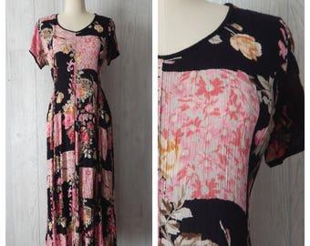 Women's Vintage 90s Black & Pink Floral Rose Romantic Shabby Chic Crinkle Gauzy Dress // Size XS S