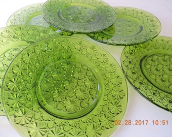 Vintage Daisy and Button Green Glass Salad Plates, set of 6