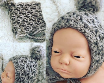 Newborn size chunky knit pixie style bonnet with pompom,photo prop,gift,coming home