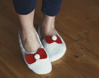 Crochet wool slippers/Wool slippers/Christmas gift/House shoes,socks/Handmade slippers/accessories/eco friendly gift, Baby Girl Gift