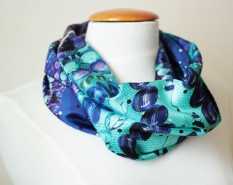 Ref: E14, snood blue turquoise, handmade in lyon, high quality silk, French craftsmanship.