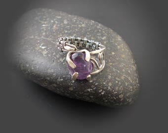 Silver wire ring with amethyst - amethyst jewelry, wire wrap, violet gemstone