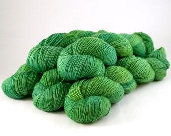 366 superwash merino singles Yarn 'Emerald'
