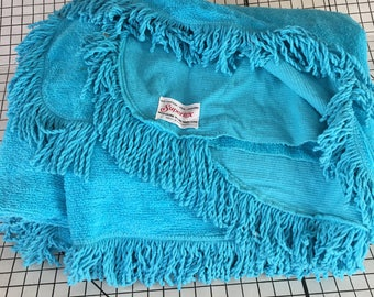 Vintage turquoise fringed chenille bedspread