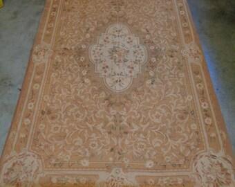 Outstanding Estate Vintage Aubusson Rug w. Elegant Ornate Floral Design