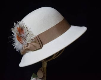 Wool Betmar New York hat in cream with bows and feathers