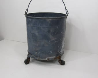 Vintage Metal Galvanized Bucket, Metal Mop Bucket, Industrial Decor, Metal Planter, Farmhouse Decor, Photo Prop, Flower Pot