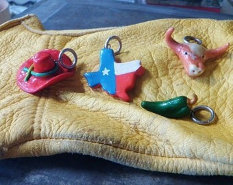 4 Texan Charms Lone Star State Longhorn Chilie Pepper 10 Gallon Hat State of Texas