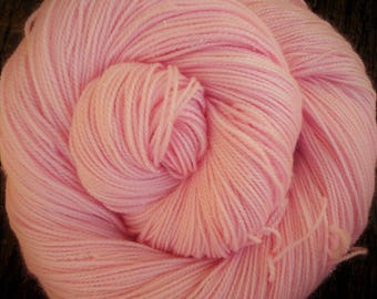 SILVER sparkle, 100 gms MERINO, 4 ply, 400 mts, stellina, Mollycoddle Yarns. Hand Dyed, indie dyer
