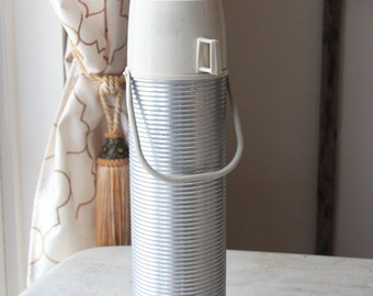 Mid Century Ribbed Aluminum Thermos with Cup,Carafe, NO. 2484, Coffee, Insulated, Industrial King-Seeley, Camping, Picnic (WTH-1401)