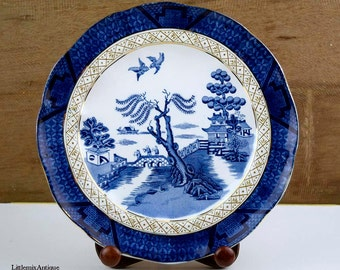 Vintage Booths Silicon China Made in England Real Old Willow Patt.No 9072 Blue and White Lunch Plate. Impressed nr. 932 September 1932