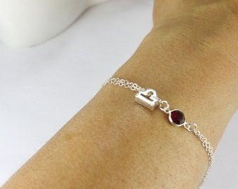 Zodiac Bracelet,Personalized Bar Jewelry,Hand stamped Zodiac Sign,Constellation Jewelry Bridesmaid Bridal Party Gift.Birthday gift.Horoscope