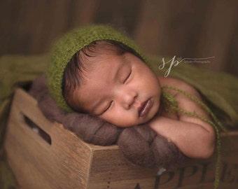 Newborn Bonnet, Baby Bonnet, Mohair Photo Prop Hat, Newborn Photography Prop, Photography Prop Bonnet