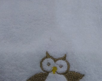 Burp Cloth-Embroidered Owl Brown