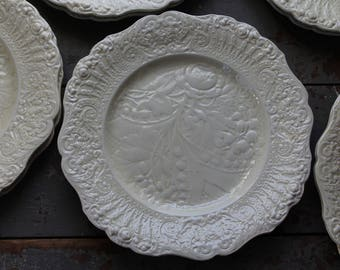 Ivory Ware Dinner Plates / Set of 12 Ridgways Renaissance Old Ivory Ware Dinner Plates / Rose Patterned Dinner Plates / Easter Dishes
