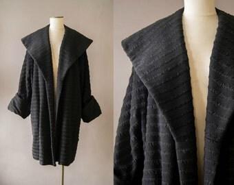 vintage 1950s coat / 50s wool swing coat / large / Bat Your Lashes Coat