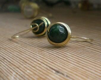 Dark green agate earrings, agate earrings, agate jewelry, brass earrings, brass jewelry, agate jewelry