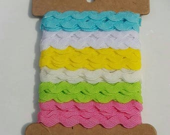 6Yx8mm Ric Rac Grosgrain in 6 different color Scrapbooking