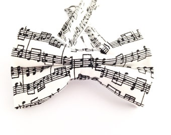Music notes bow tie, music notes tie, Father's Day gift, Gift ideas for him, white bow tie,  boys musical tie, boys bow tie, kids bow tie,