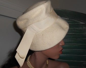 60's Mod Off White Wool Hat w/Ribbon, Tall Hat w/Brim