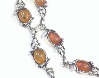 Silver amber collar necklace