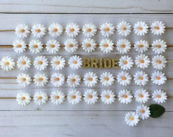 Bachelorette Party Flower Crown Set, Boho Bachelorette, Bridal Shower Flower Crown, White Daisy Boho Flower Crowns, Destination Bachelorette
