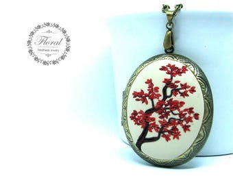 Locket Mothers Day from Daughter, Personalized Lockets, Japanese Maple Jewelry,Romantic Jewelry for Wife,Japanese Locket for Her,Tree Locket