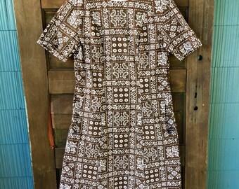 Adorable Vintage 60's Brown Bandana Paisley Print Shift Dress size medium
