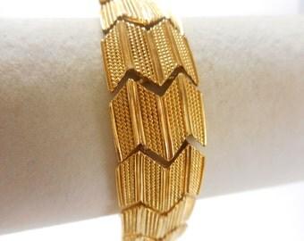 Vintage Napier Gold Tone Link Bracelet 7 1/2 inch