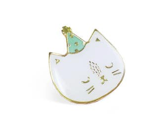"Cat brooch ""Party"""