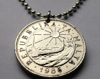1986 Malta 1 Lira coin pendant Maltese Blue Rock Thrush bird Luzzu Valletta Floriana worm Mnajdra temple Mediterranean sea ocean n001578