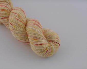 PETILLANTE SOCK, Pschitt jaune, merino nylon sock yarn ,100g