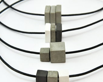 Collar de hormigón   Joyería hormigón   Joyería modernas   Joyas unisex   Cordón de cuero   Gargantilla de cemento   Regalo para hombre