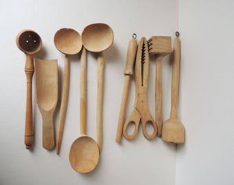 Wooden Spoons & Kitchen Tools Lot of 9 pcs