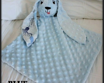Newborn baby lovey / Minky baby blanket / blue, pink or green /  Baby shower gifts  / Puppy Lovey