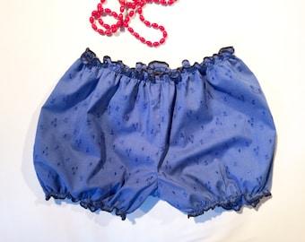 Bloomer pour femmes, en broderie anglaise bleu marine / Lingerie de nuit femme / Culotte bouffante / Lingerie rétro / Short de nuit