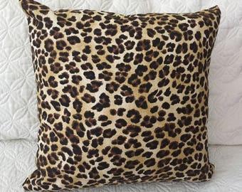 DECORATIEVE kussen-Leopard zand kleur (F)