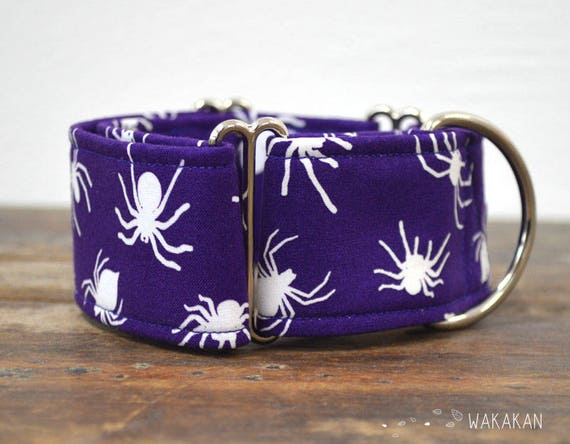 Martingale dog collar model Spiders. Adjustable and handmade with 100% cotton fabric. Glow in the dark fabric, Purple. Wakakan